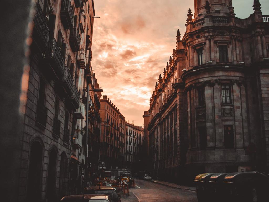 Nomadic FIRE Barcelona Spain