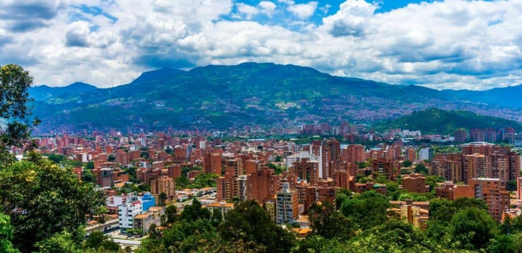 Nomadic FIRE Colombia Medellin