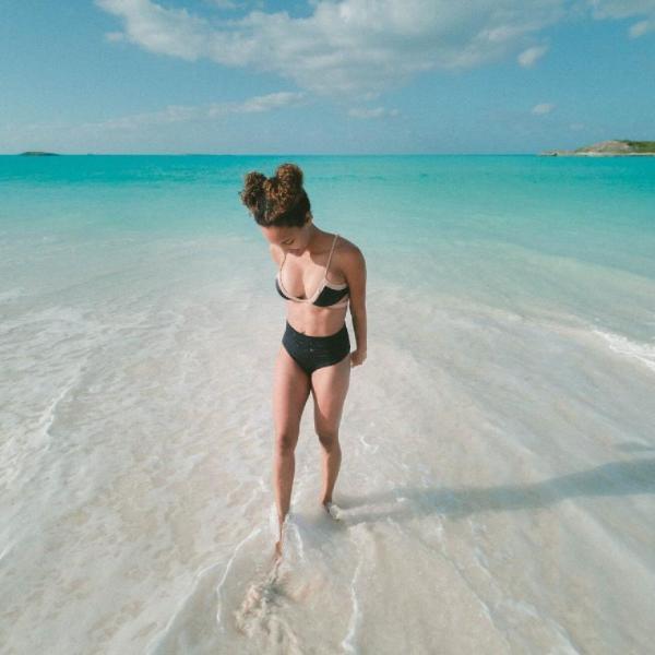 Nomadic FIRE Bahamas Travel