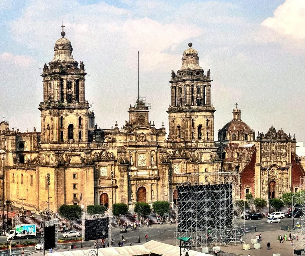 Nomadic FIRE Mexico Mexico City Zocalo